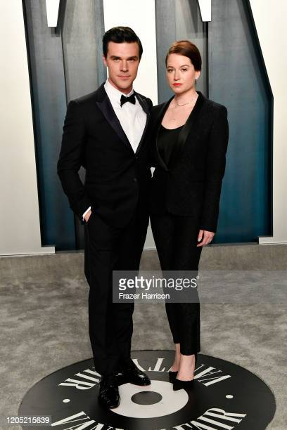Finn Wittrock and Sarah Roberts attend the 2020 Vanity Fair Oscar Party hosted by Radhika Jones at Wallis Annenberg Center for the Performing Arts on...