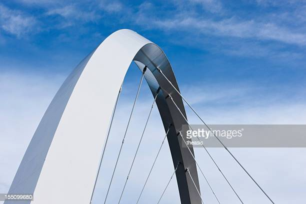 finnieston bridge arc - boog architectonisch element stockfoto's en -beelden