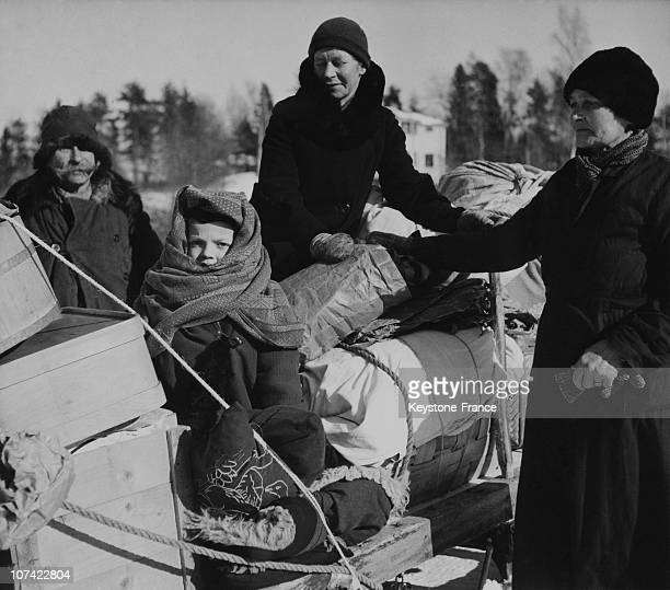 Finnish Refugees Evacuating The Area Occupied By Soviets After The Treaty Of Moscow At Karelia In Finland