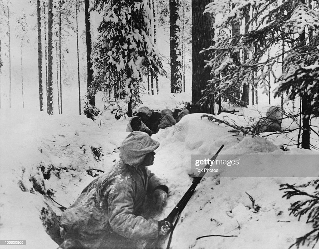 finnish-troops-on-the-eastern-front-during-the-winter-war-between-the-picture-id106650866