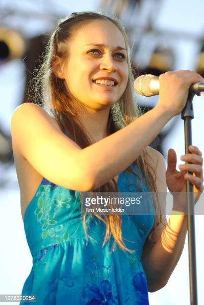 Fiona Apple performs during the Vegoose Music Festival at Sam Boyd stadium on October 29, 2006 in Las Vegas, Nevada.