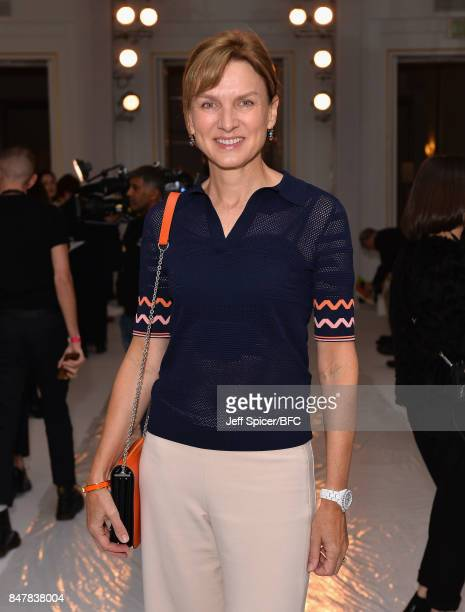 Fiona Bruce attends the Jasper Conran show during London Fashion Week September 2017 on September 16 2017 in London England