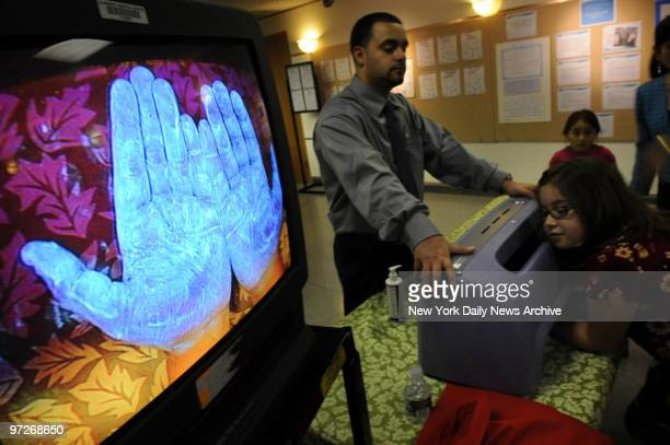 36 Elmhurst Hospital Pictures, Photos & Images - Getty Images