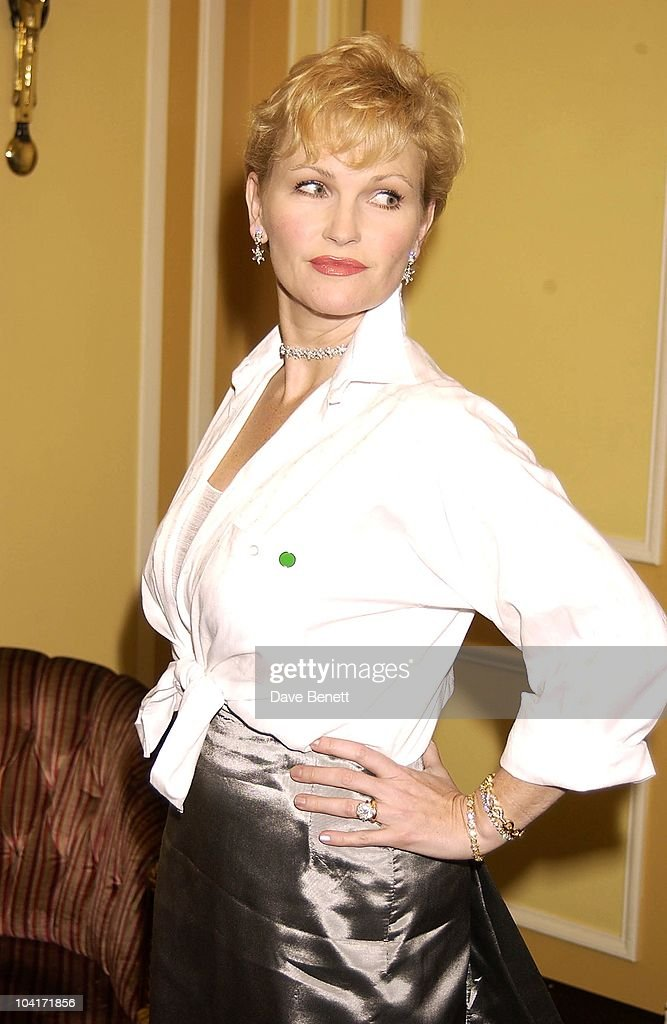 Fiona Fullerton, London Film Critics Circle Awards 2002, At The Dorchester Hotel, London