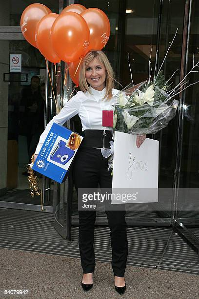 Fiona Phillips departs The London Studios on December 18 2008 in London England Fiona had just finished presenting GMTV for the final time