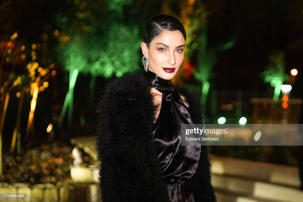 Celebrity Sightings - Paris Fashion Week - Haute Couture Spring Summer 2020 : Day Four : News Photo