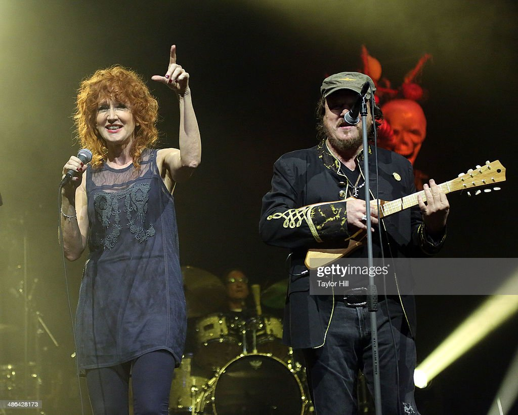 Fiorella Mannoia and Zucchero perform at The Theater at Madison Square Garden on April 23, 2014 in New York City.