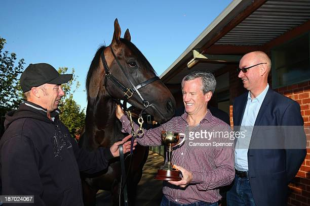Fiorente managing owner Andrew Roberts the Melbourne Cup winning horse Fiorente and strapper Des Fisher pose at the Gai Waterhouse stables during a...