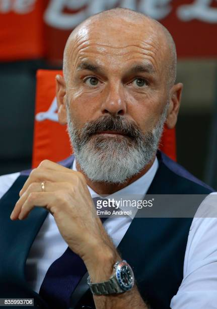 Fiorentina coach Stefano Pioli looks on before the Serie A match between FC Internazionale and ACF Fiorentina at Stadio Giuseppe Meazza on August 20...