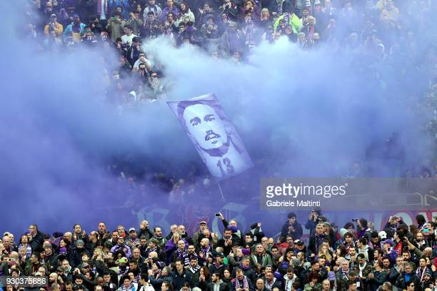 Fiorentina fans remember Captain Davide Astori during the serie A match between ACF Fiorentina and Benevento Calcio at Stadio Artemio Franchi on...