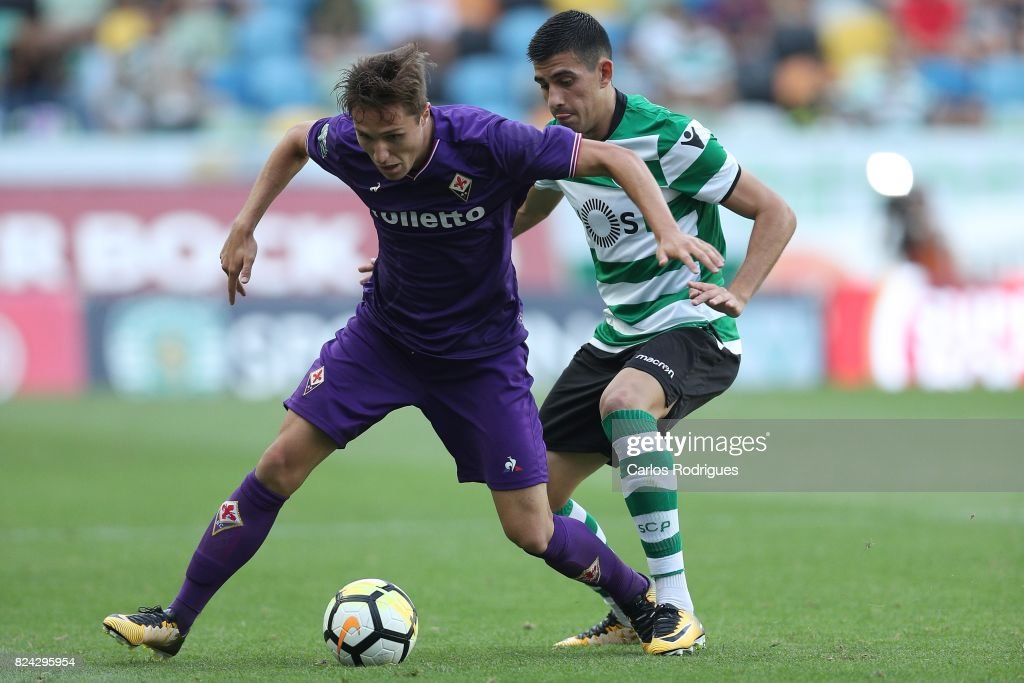 Fiorentina forward Federico Chiesa from Italy (L) vies with Sporting CP defender Cristiano Piccini from Italy (R) during the Five Violins Trophy match between Sporting CP and AC Fiorentina at Estadio Jose Alvalade on July 29, 2017 in Lisbon, Portugal.