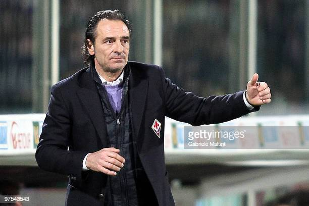 Fiorentina head coach Cesare Prandelli gestures during the Serie A match between at ACF Fiorentina and Juventus FC at Stadio Artemio Franchi on March...