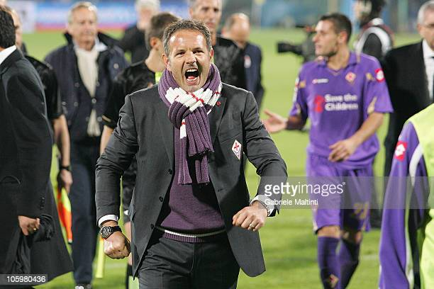 Fiorentina head coach Sinisa Mihajlovic celebrates the victory after during the Serie A match between ACF Fiorentina and AS Bari at Stadio Artemio...