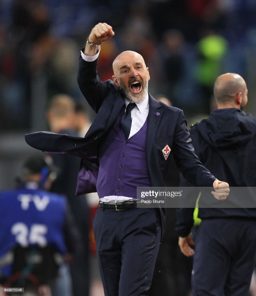 Fiorentina head coach Stefano Pioli celebrates the victory after the serie A match between AS Roma and ACF Fiorentina at Stadio Olimpico on April 7, 2018 in Rome, Italy.