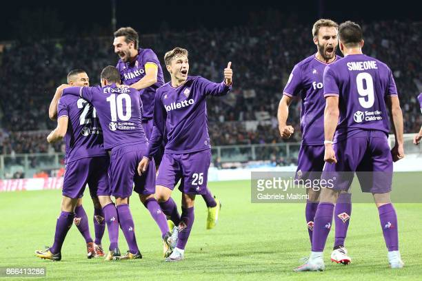 Fiorentina players celebrate a goal scored by Marco Benassi during the Serie A match between ACF Fiorentina and Torino FC at Stadio Artemio Franchi...