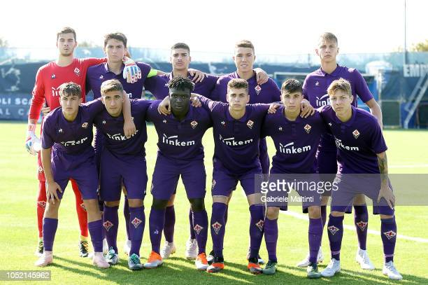 Fiorentina U17 poses during the match between Empoli FC U17 and ACF Fiorentina U17 on October 14 2018 in Empoli Italy