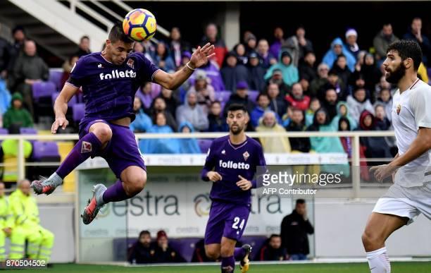 Fiorentina's Argentinian forward Giovanni Simeone scores during the Italian Serie A football match Fiorentina vs AS Roma at Artemio Franchi Stadium...