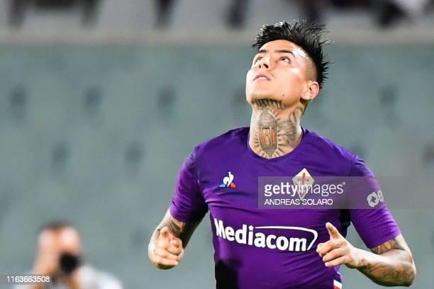Fiorentina's Chilean midfielder Erick Pulgar celebrates after scoring a penalty during the Italian Serie A football match Fiorentina vs Napoli on...