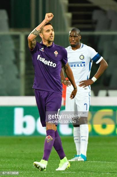 Fiorentina's forward from Uruguay Matias Vecino celebrates after scoring during the Italian Serie A football match Fiorentina vs Inter Milan on April...