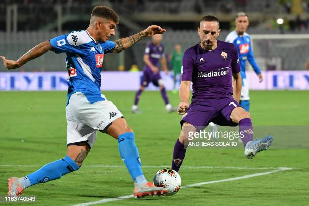 Fiorentina's French forward Franck Ribery defends against Napoli's Italian defender Giovanni Di Lorenzo during the Italian Serie A football match...