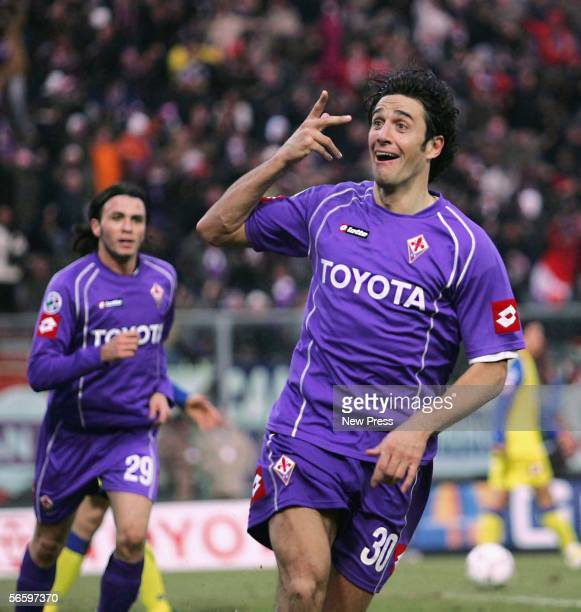 Fiorentina's Luca Toni celebrates a goal during the Serie A match between Fiorentina and Chievo at Artemio Franchi stadium January 15 2006 in...