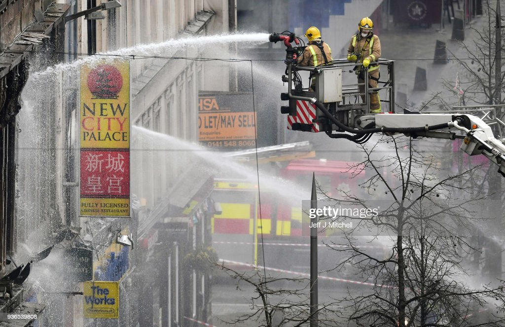 Fire Threatens Nightclub in Glasgow