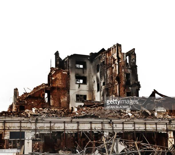 fire damaged building - ruined stock pictures, royalty-free photos & images