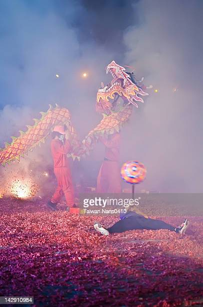 fire dragon dance - animal representation stock pictures, royalty-free photos & images