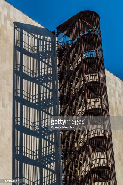 fire escape - moderno stock pictures, royalty-free photos & images