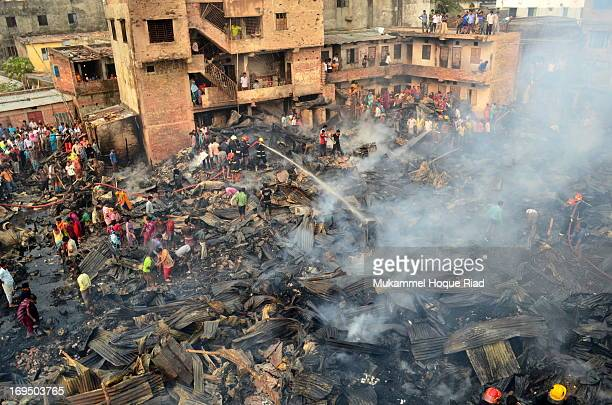 CONTENT] Fire fighters put out the flames with the help of the local people in two hours and a half Soon after the fire had been contained the slum...