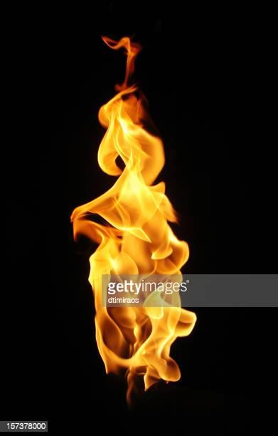 暖炉の炎にブラックのバックグラウンド。 - 炎 ストックフォトと画像