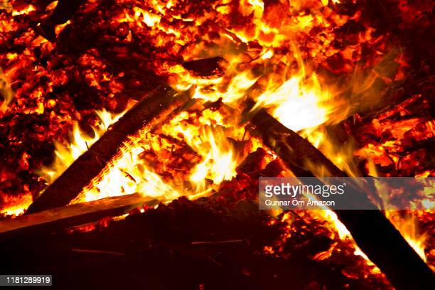 fire flames - zoom background stock pictures, royalty-free photos & images