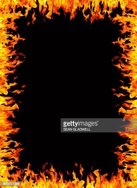 fire frame border - fuego al aire libre fotografías e imágenes de stock