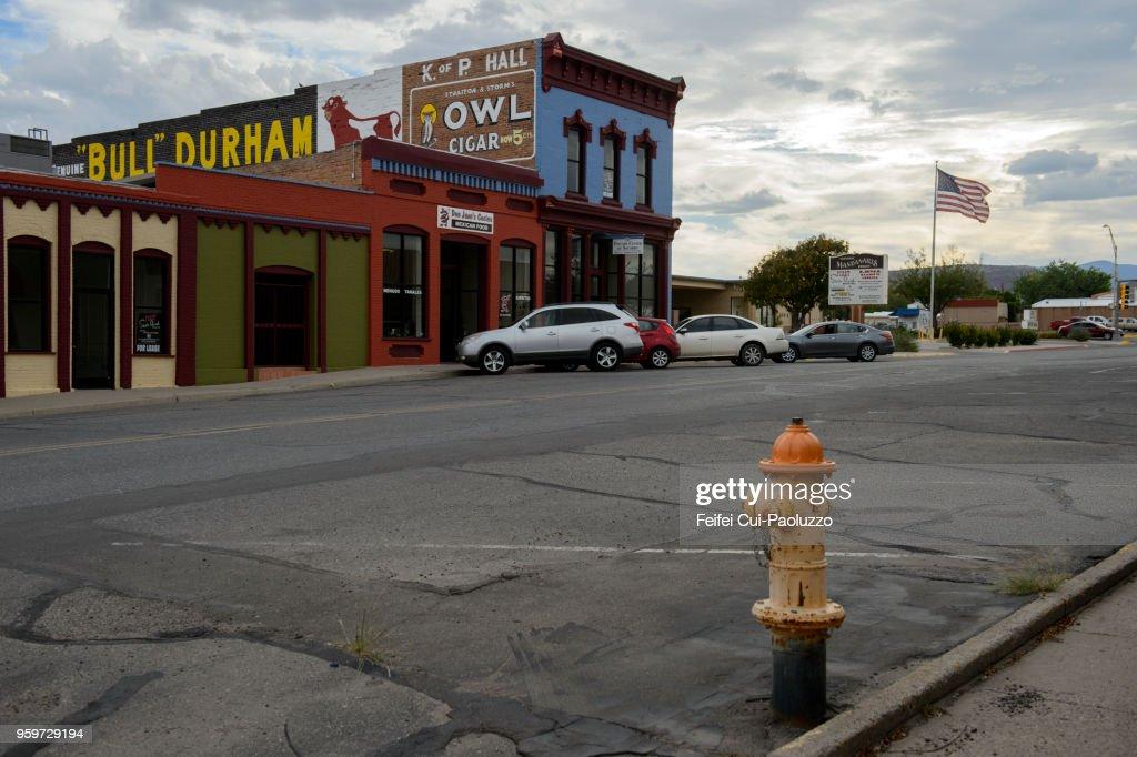Fire Hydrant and city street of Socorro, New Mexico, USA : Stock-Foto