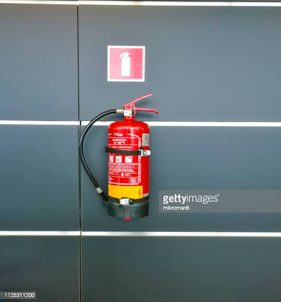 fire point - extintor de incêndio - fotografias e filmes do acervo