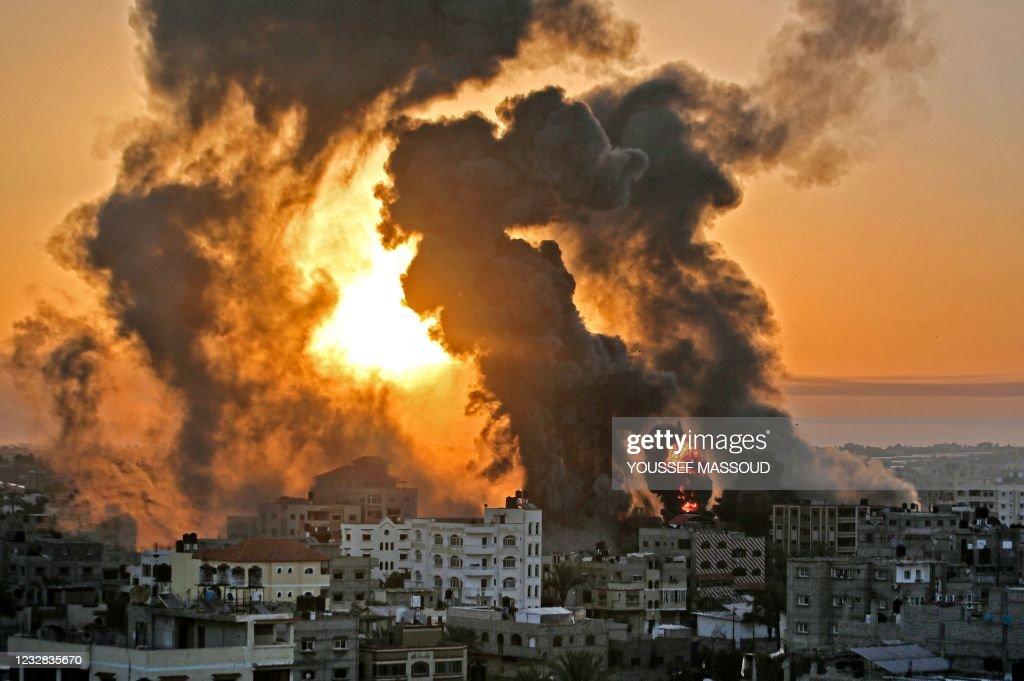 TOPSHOT-PALESTNIAN-ISRAEL-CONFLICT-GAZA : News Photo
