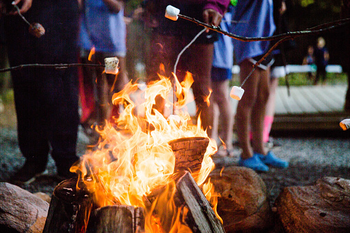 Fire up the Marshmellow - gettyimageskorea