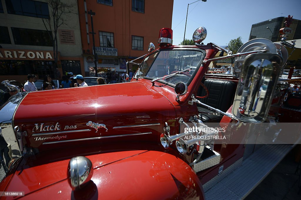 A firefighter classic car is seen during a Classic Cars exhibit at the Revolution Monument in Mexico City, on February 10, 2013. It is the first time classic cars are showed in an exhibit for general public in Mexico City. AFP PHOOTO/Alfredo Estrella