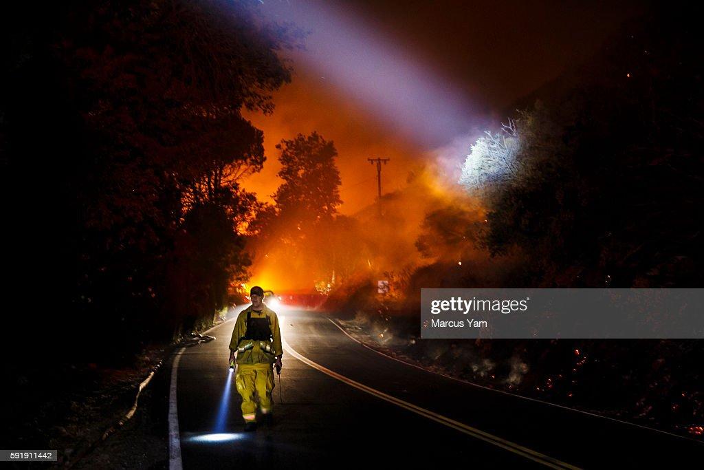 Los Angeles Times : News Photo