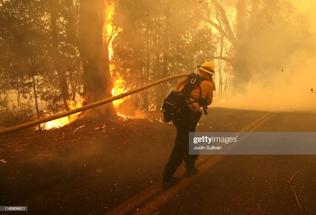 Evacuations Issued For Parts of Sonoma County As Kincade Fire Spreads : News Photo