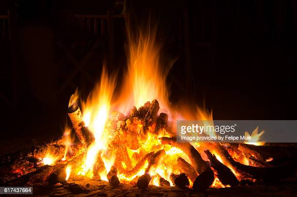 fireplace outside during a safari in south africa - 自然保護区 ストックフォトと画像