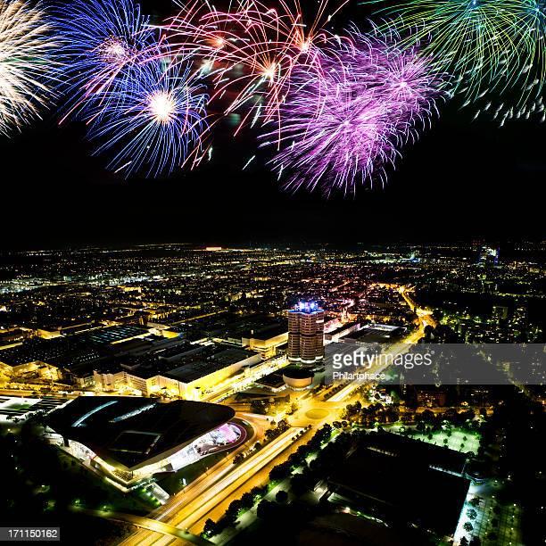 Feuerwerk über der Stadt