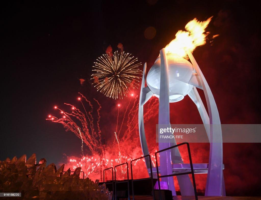 TOPSHOT-OLY-2018-PYEONGCHANG-OPENING-FLAME : News Photo