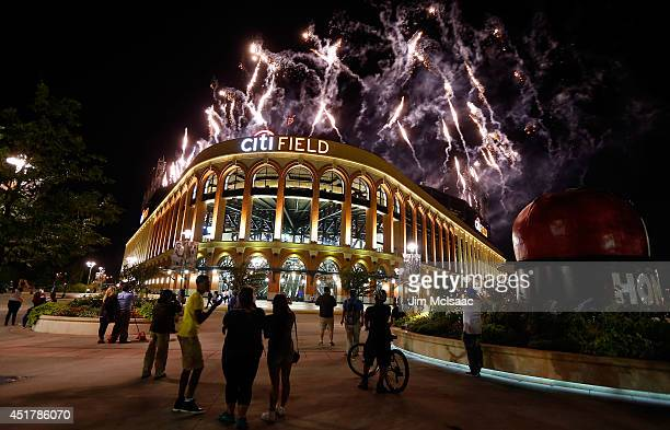 Fireworks explode over Citi Field after a game between the New York Mets and the Texas Rangers on July 4 2014 in the Flushing neighborhood of the...