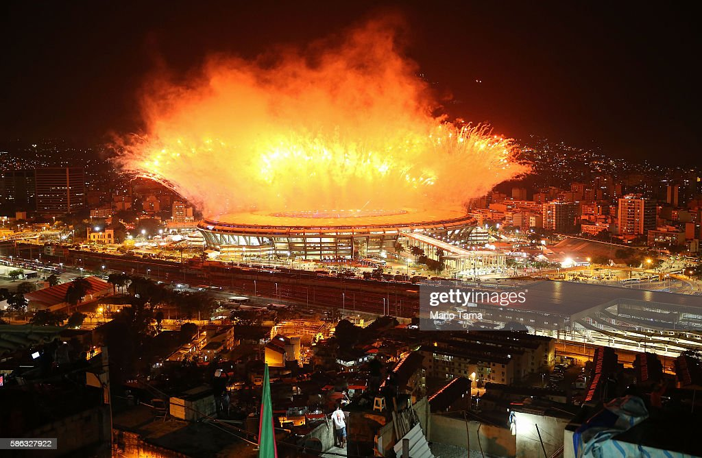 Fireworks Explode Over Rio's Maracana Stadium During The 2016 Olympic Games Opening Ceremony : News Photo