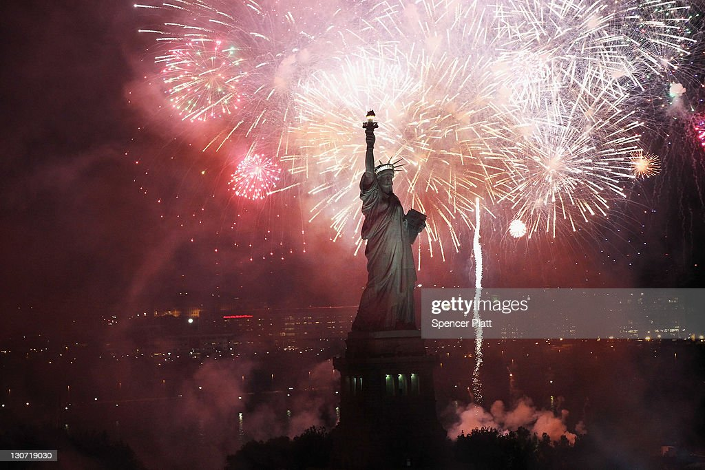 New York Celebrates 125th Anniversary Of The Statue Of Liberty : News Photo