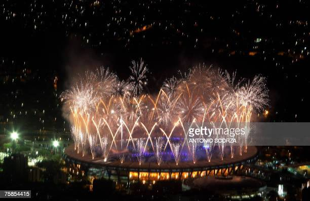 Fireworks light at the Maracana Stadium during the closing ceremonies of the XV Pan American Games Rio2007 29 July 2007 in Rio de Janeiro Brazil July...