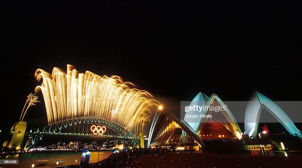 Closing Ceremonies of the Sydney Olympic Games : ニュース写真