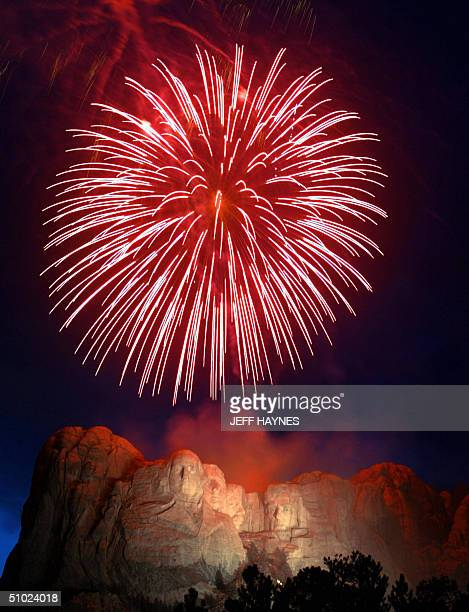 Fireworks over Mount Rushmore National Memorial 03 July 2004 in Keystone South Dakota in celebration of Independence Day in the United States AFP...