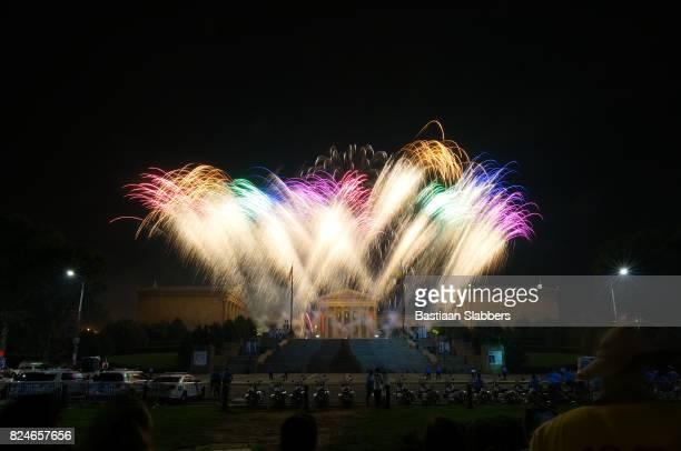 Feuerwerk über Felsstufen in Philadelphia, PA
